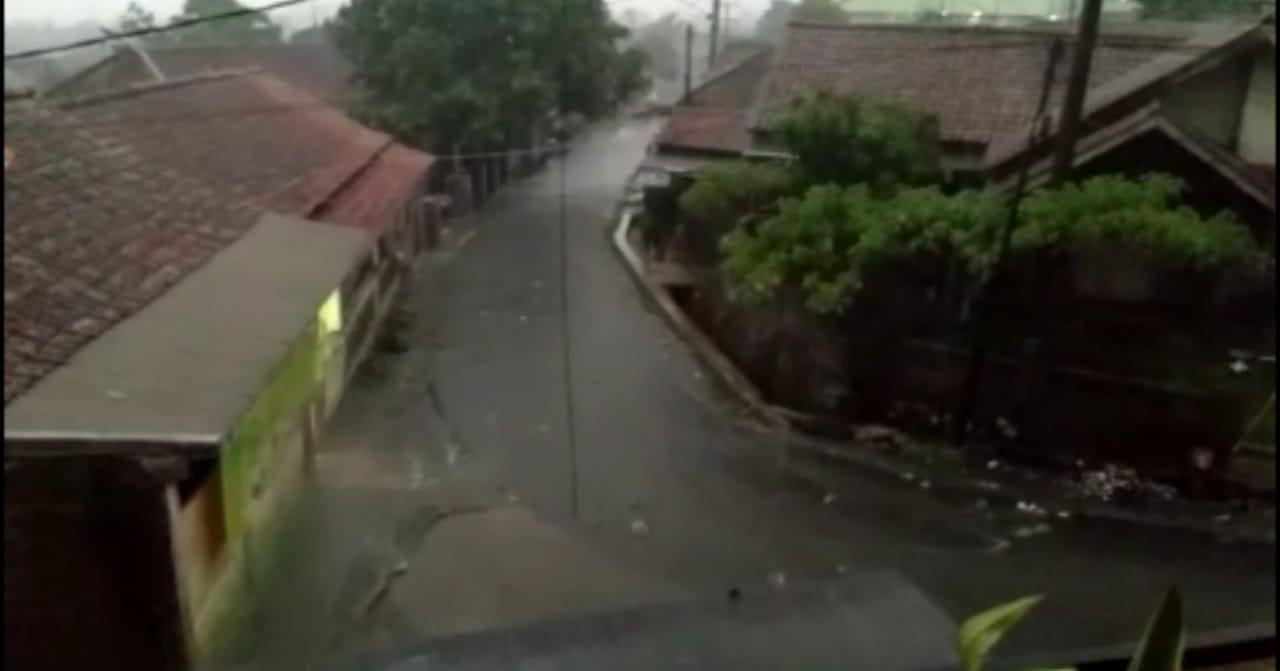 Hujan Deras Guyur Bogor 209