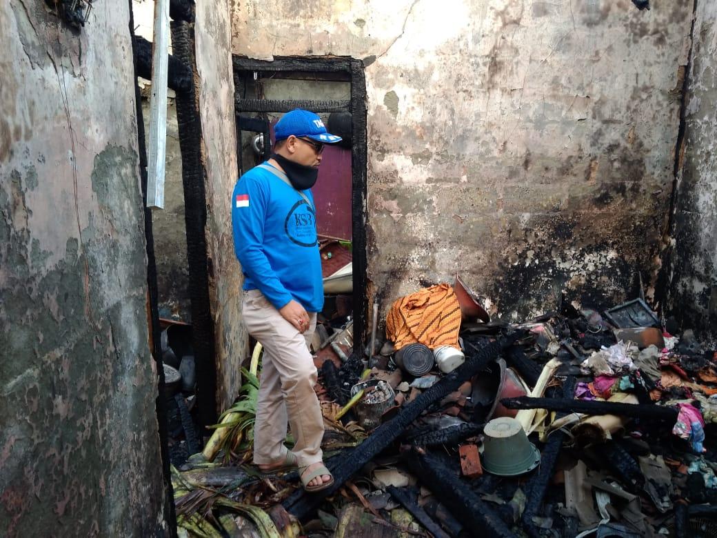 Rumah Terbakar Pemiliknya Terpanggang Api 199