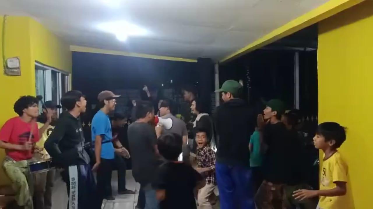 Pemuda Cijayanti Bangunkan Sahur Untuk Amal Kebajikan 231
