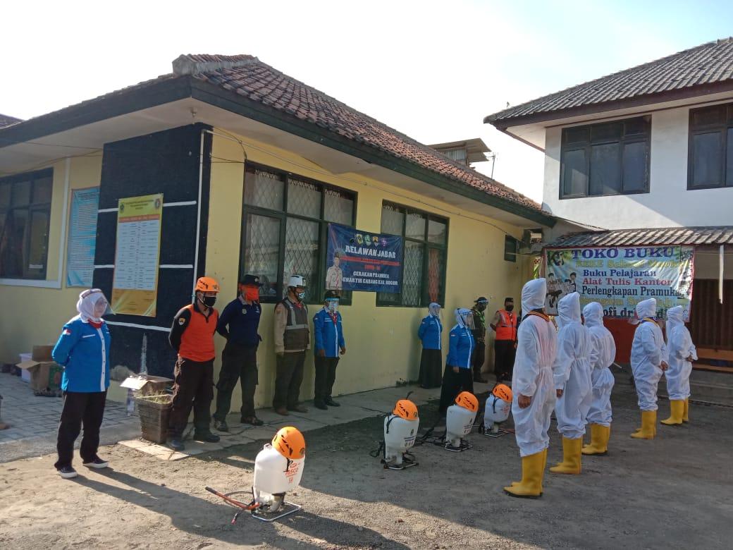 Pramuka Kabupaten Bogor Semprot Disinfektan 35 Sekolah Di Citereup