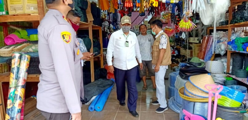 Bupati Siak Alfedri Sidak Penerapan Protokol Kesehatan di Pasar Tuah Serumpun Perawang