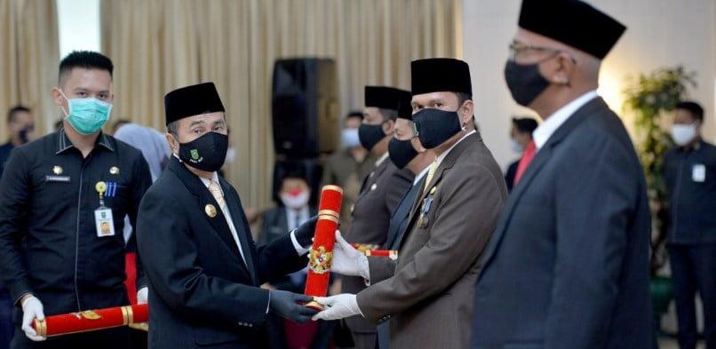 Gubernur Syamsuar Lantik Kadis ESDM Riau, Sebagai Pjs Bupati Siak, menggantikan Sementara Alfedri Yang Cuti Pilkada Serentak
