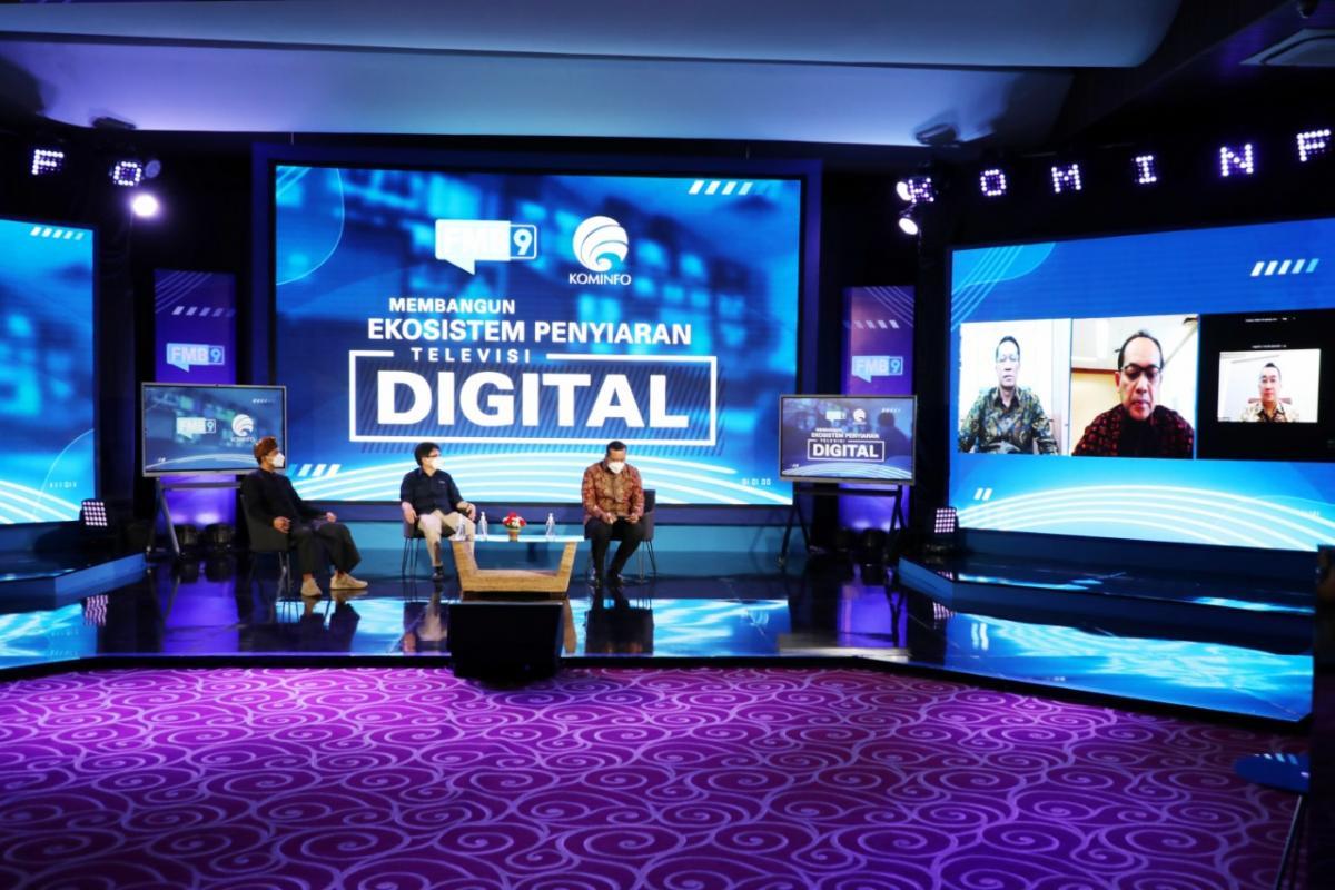 Tahun 2022 Siaran TV Analog akan Beralih Digital 233